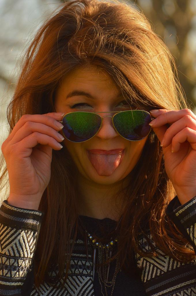 mirrored sunglasses,sunglasses,horsens,wear sunglasses