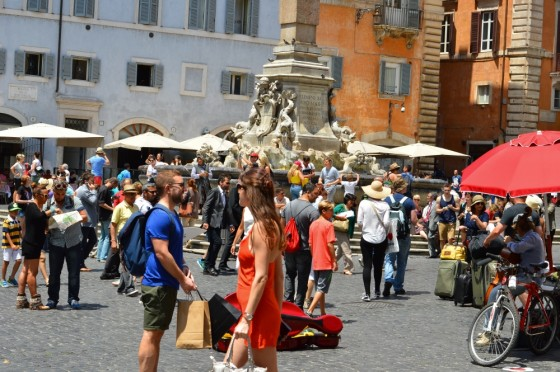 piazza navona blog, best piazzas in rome, what to do in rome blog, glamthug blog