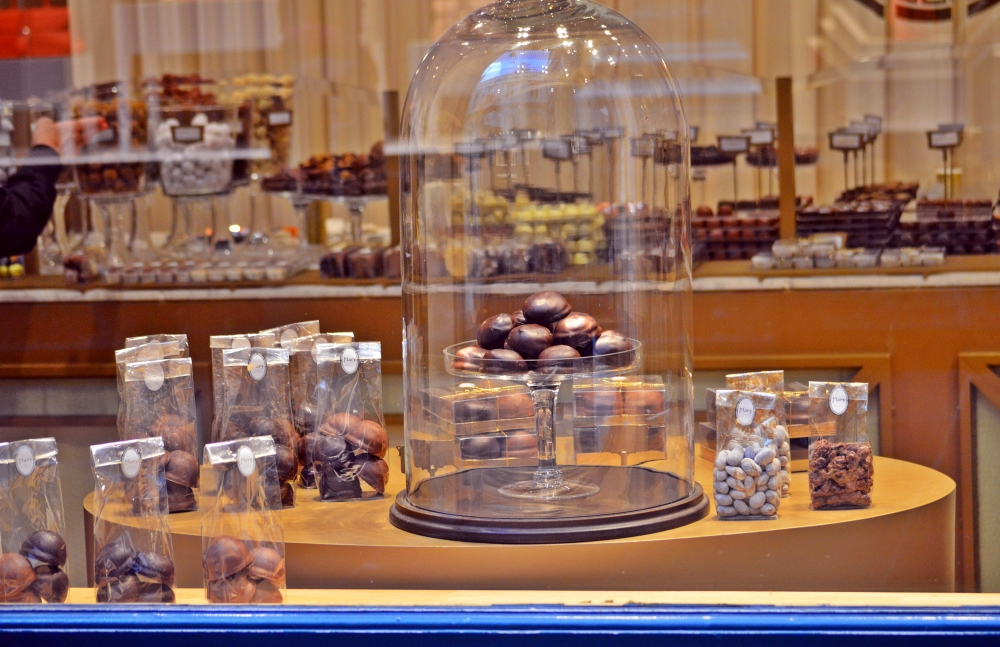 belgian chocolate, what to eat in brussels, glamthug blog, 10 reasons to love Brussels