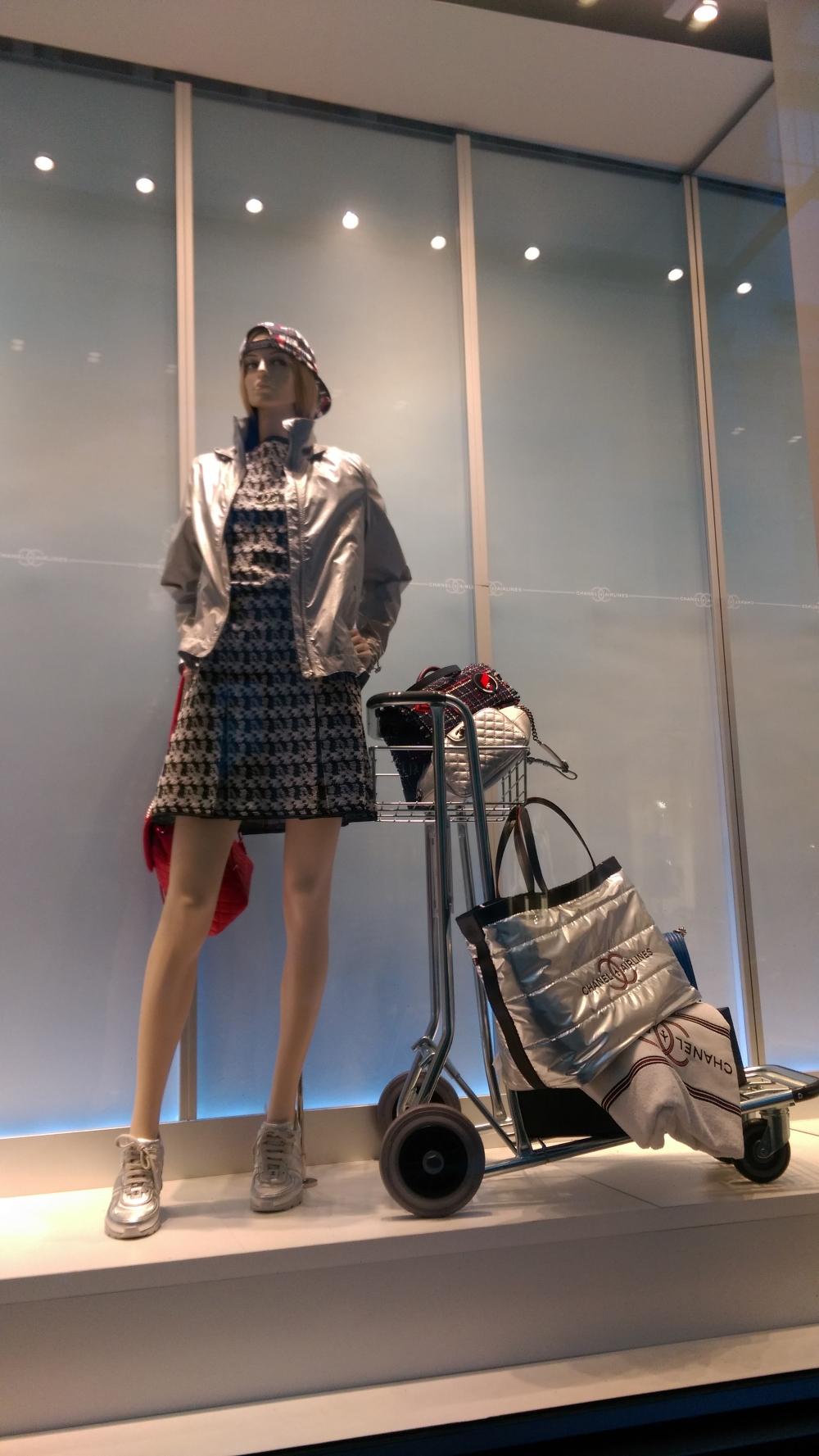 chanel shop in brussels, window shopping in brussels, shopping streets in brussels, glamthug blog, belgian fashion